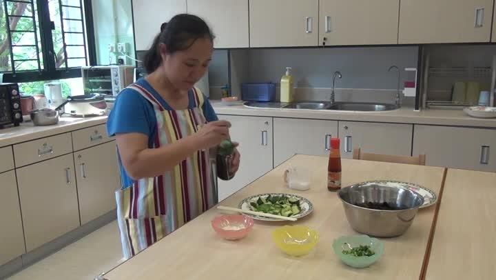 屯曦媽媽廚房 - 涼伴木耳青瓜